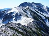 初雪の立山を登る