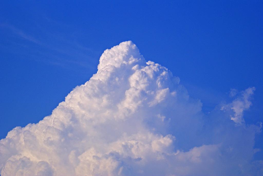 天空の氷山