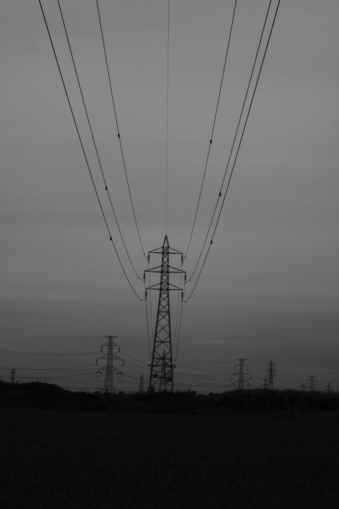 電気の巨人たち