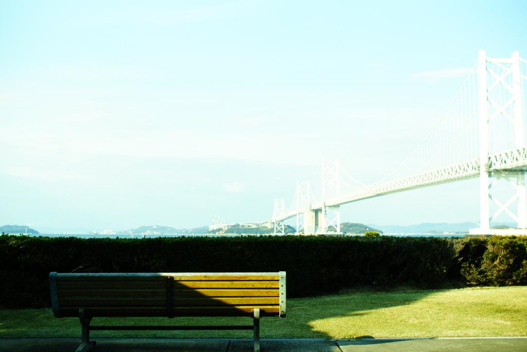 瀬戸大橋記念公園より。