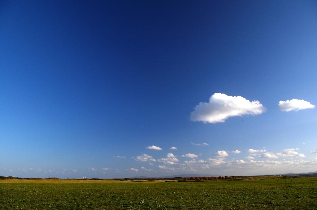 蒼空と雲と