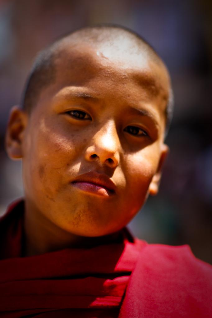 若いチベタン僧侶