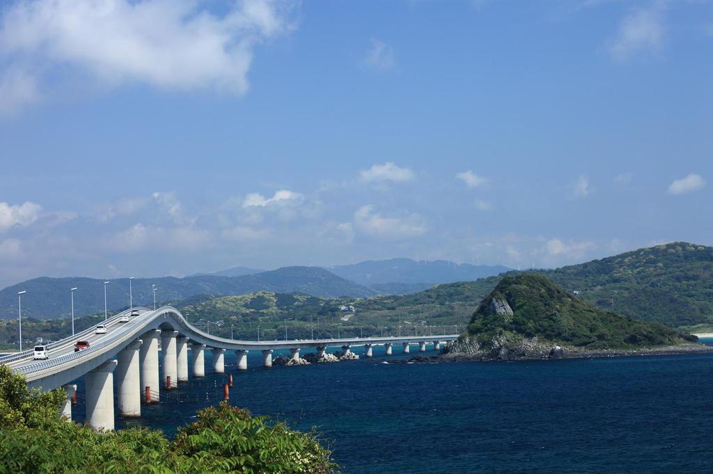 角島大橋を角島側から
