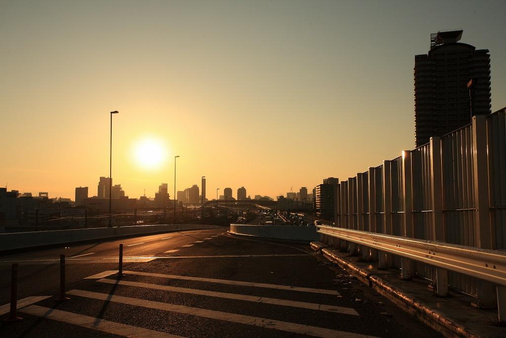 街の影が消える