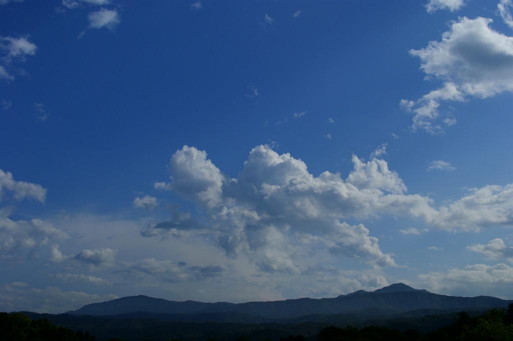 大雨の後の青空