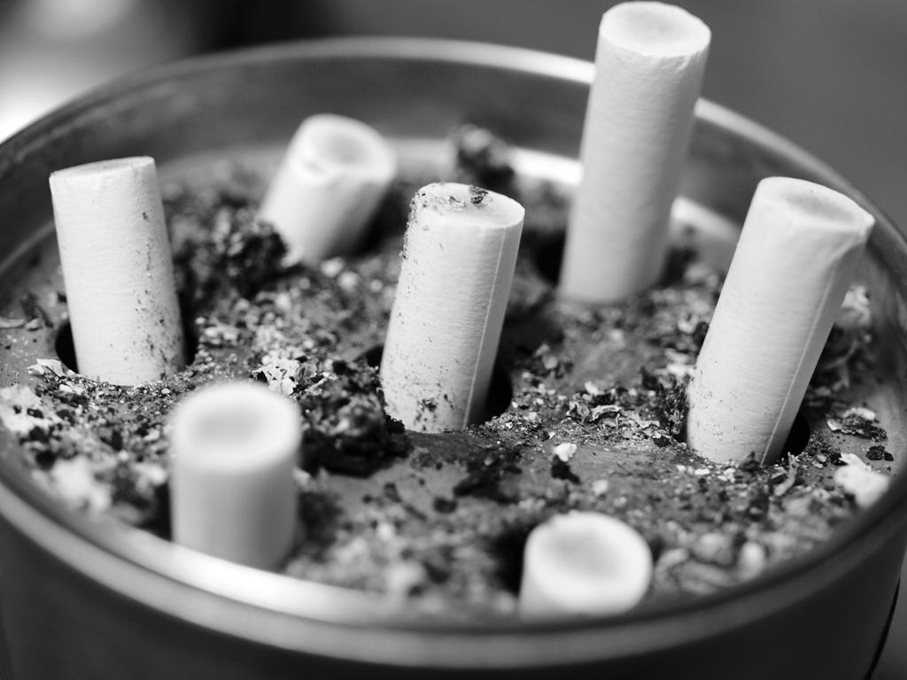 煙草の墓標。
