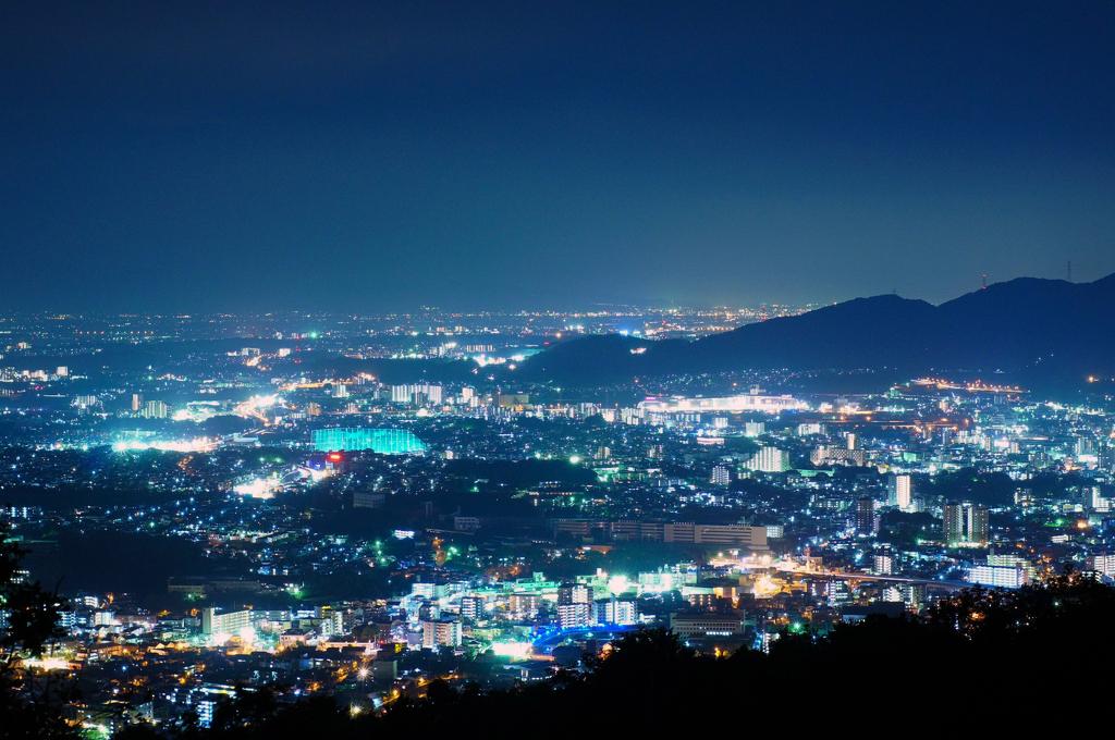 四王寺山 : 【夜景マニアが選ぶ...
