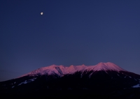 NIKON NIKON D800Eで撮影した(王嶽の有明月)の写真(画像)