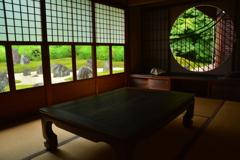 東福寺光明院・丸窓3