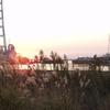 閘門と夕日・その五