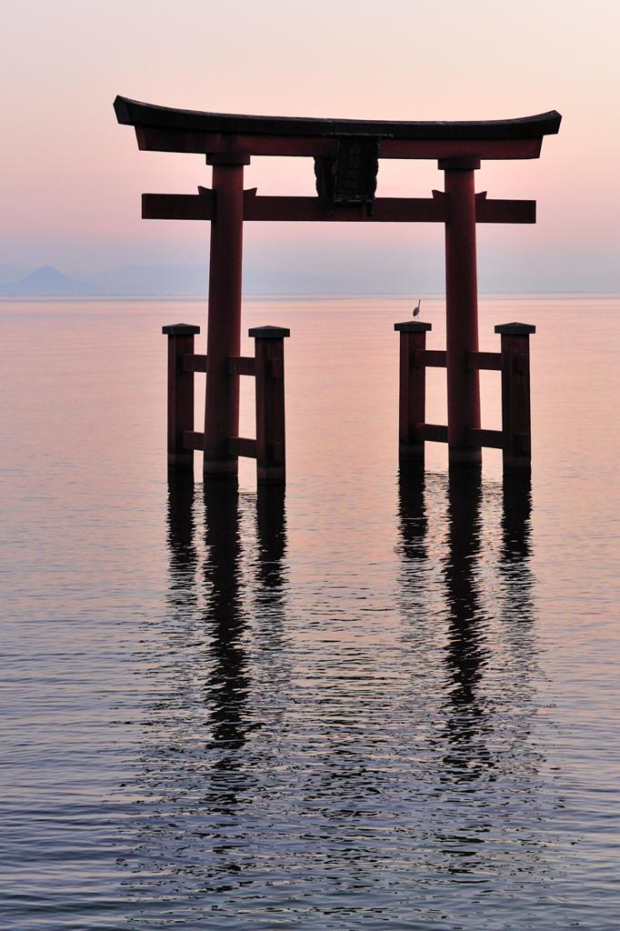 琵琶湖に黄昏れる