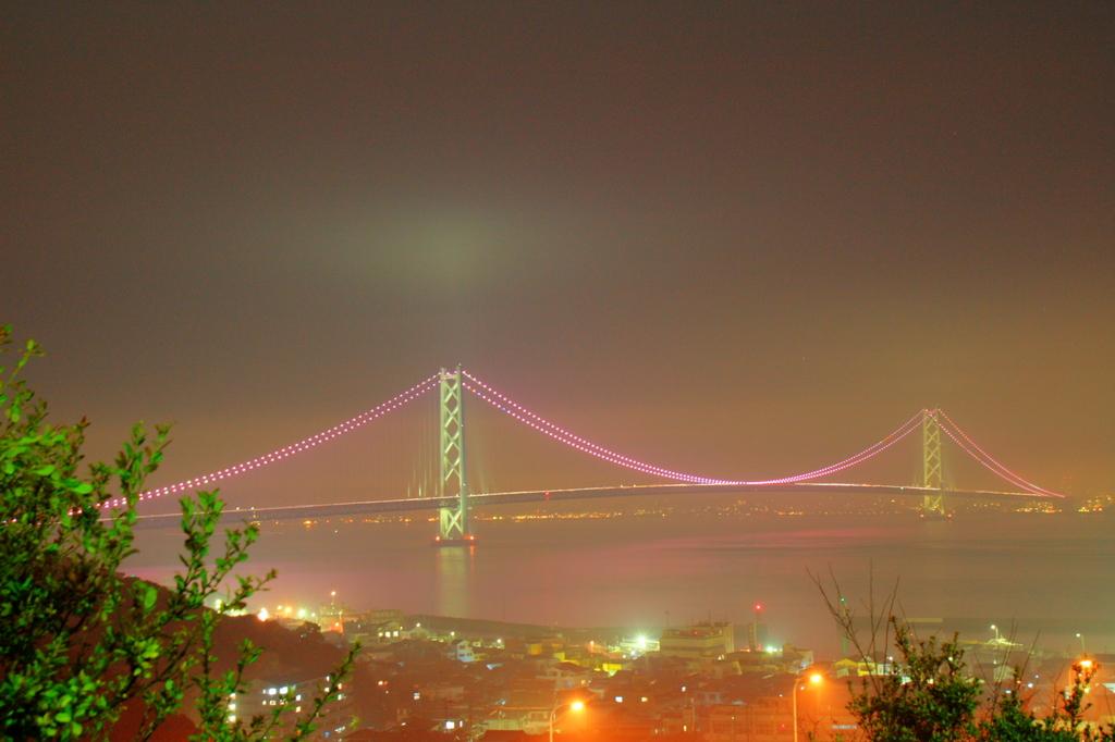 夜霧よ今夜もありがとう