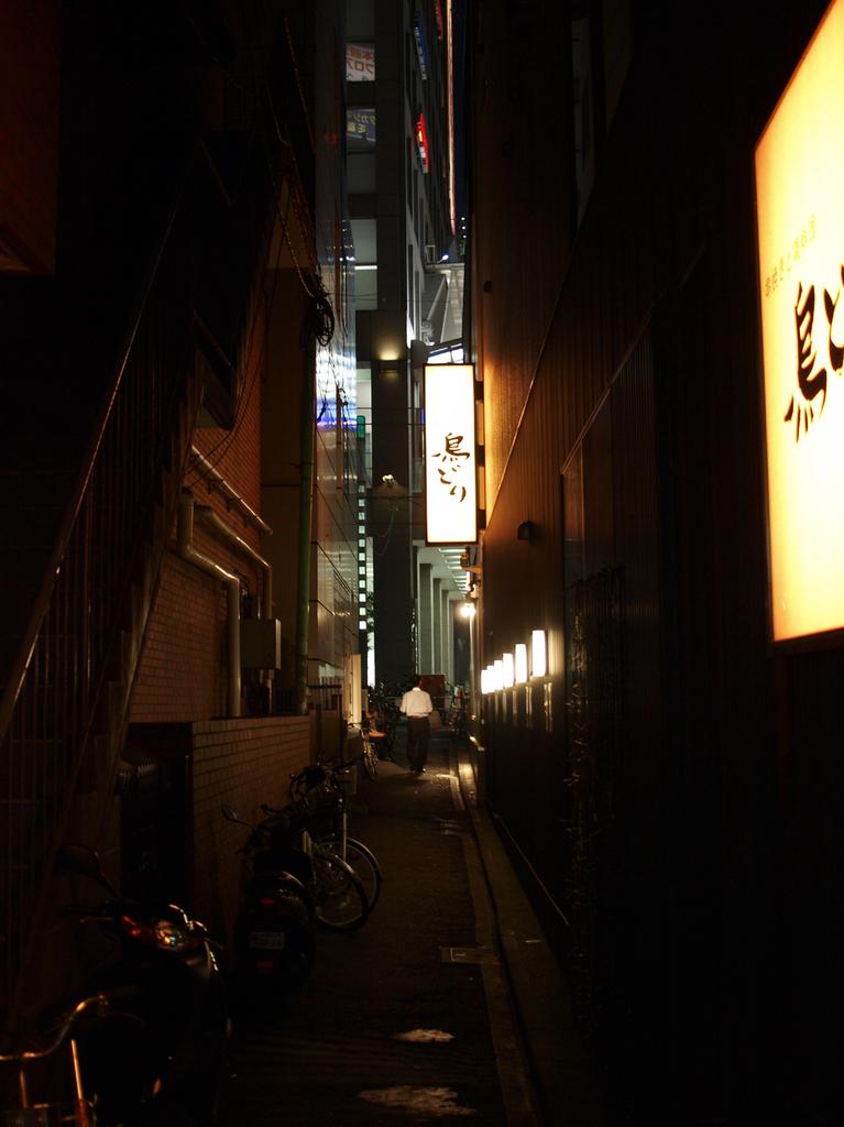 新宿路地裏02
