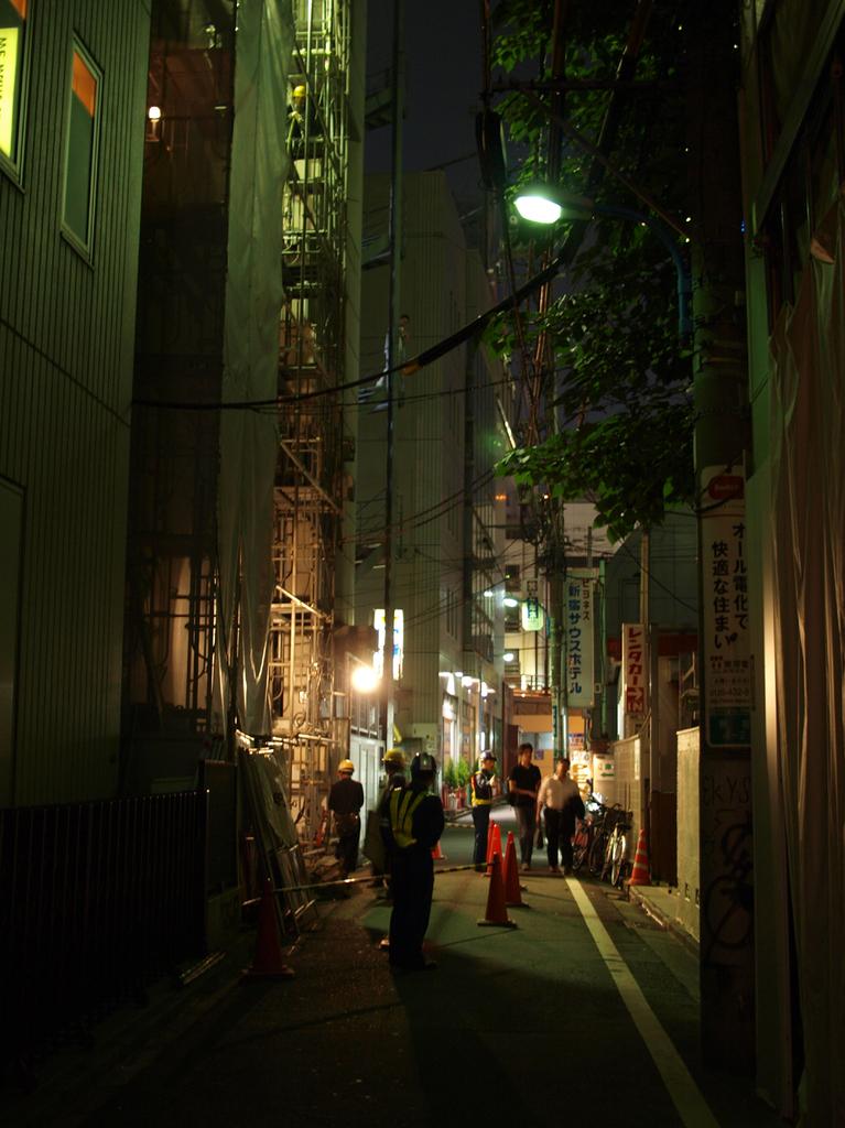 新宿路地裏01