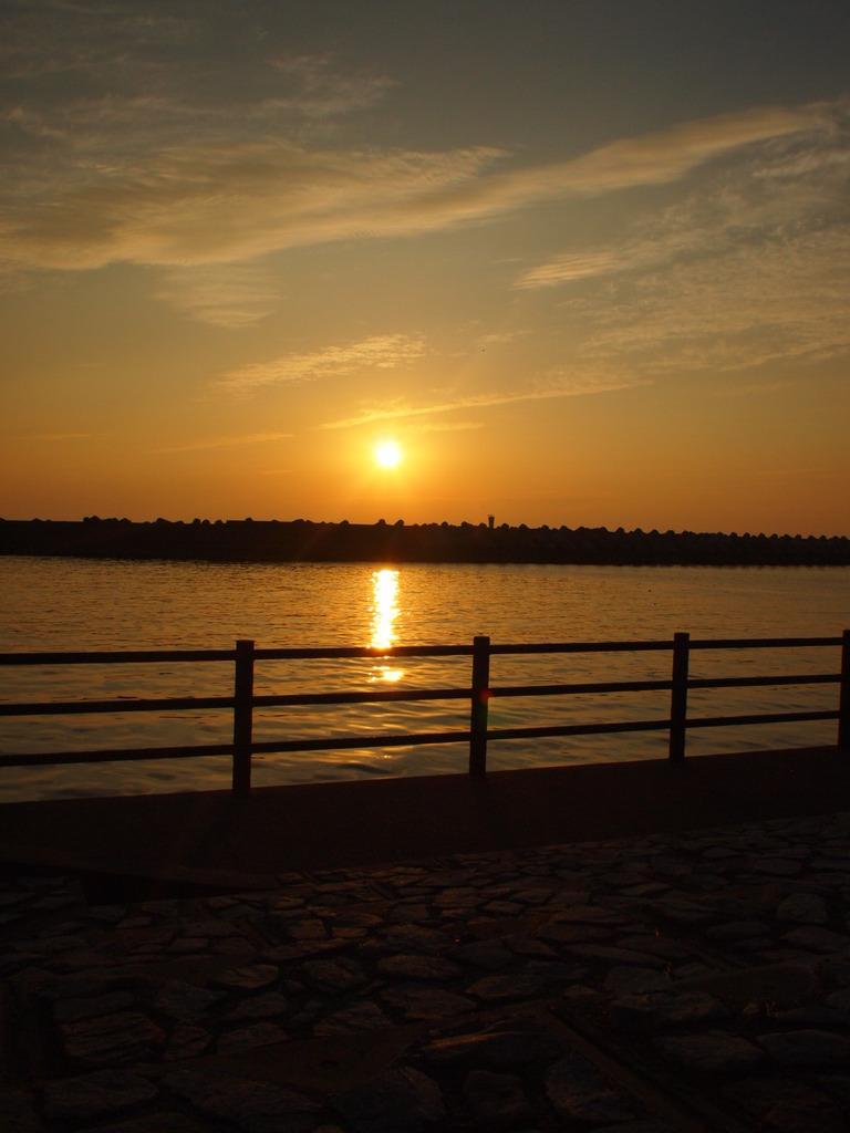 夕日の散歩道
