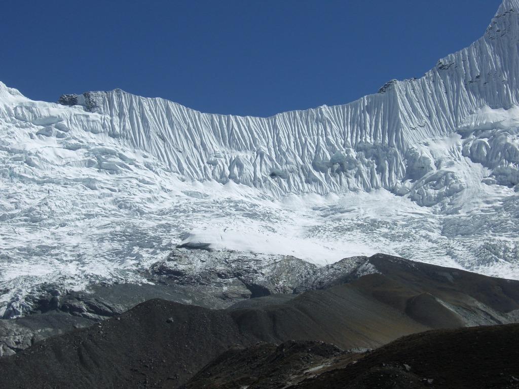 カンレヤム(6430m)