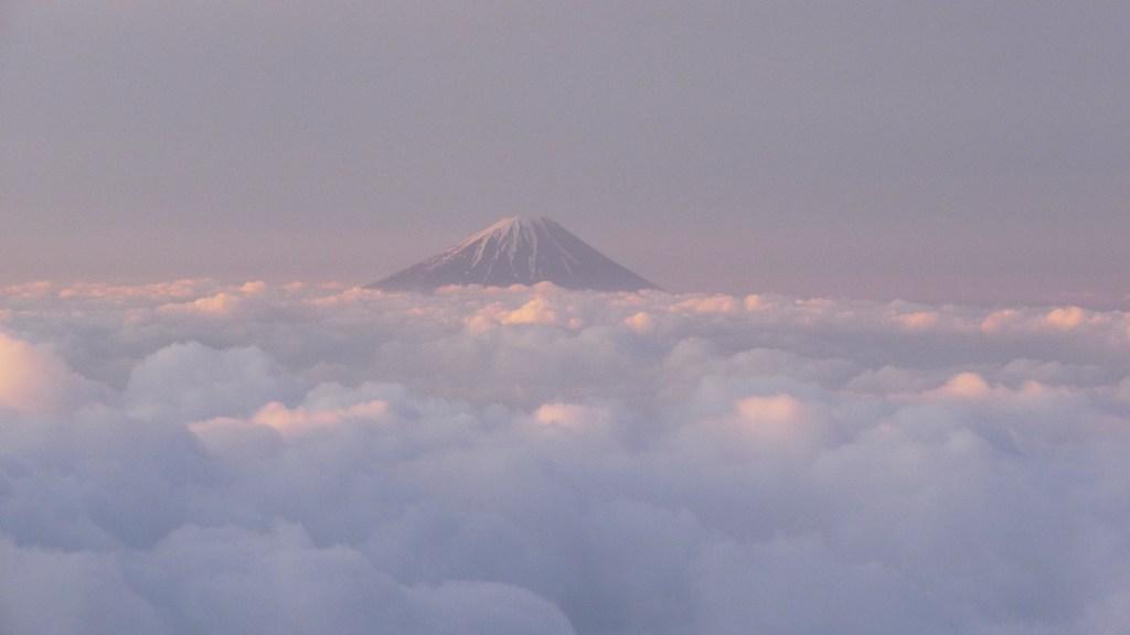 赤岳山頂よりの富士山