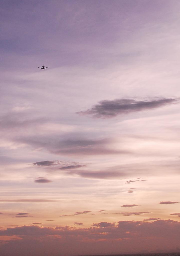 夕暮れと飛行機 Ⅲ