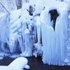 雪の銚子大滝