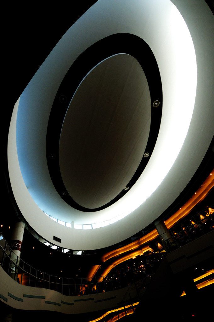 The ceiling 01