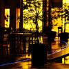 雨夜のオープンカフェ