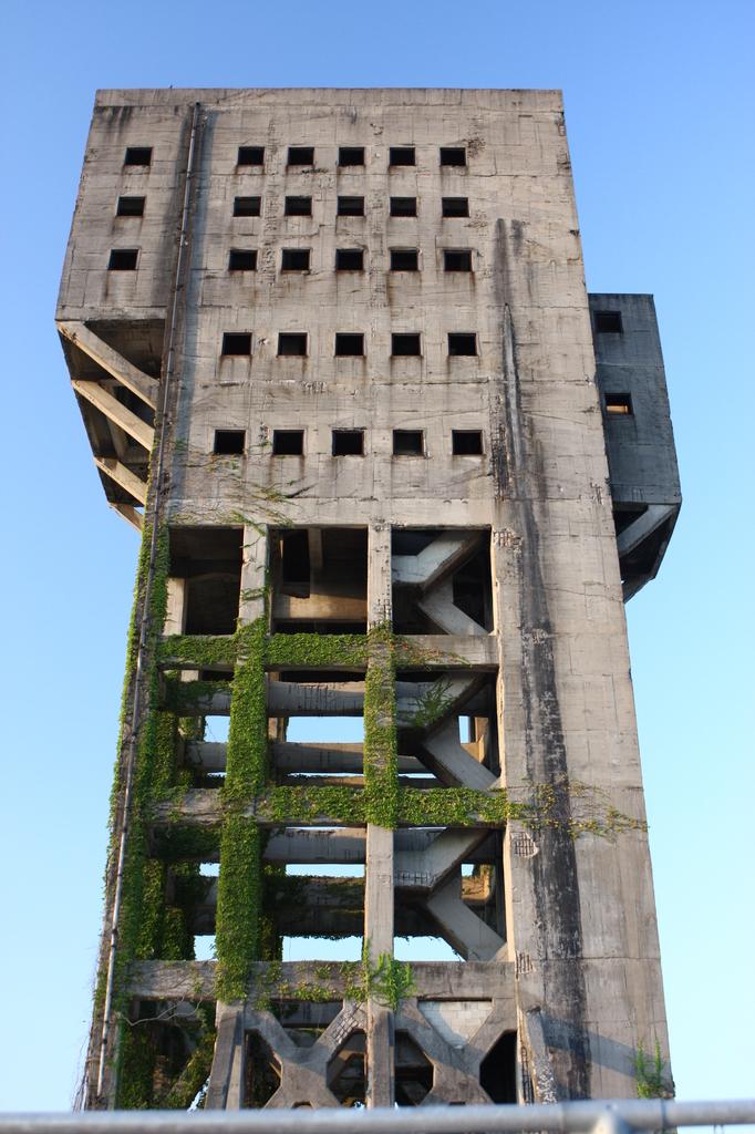 竪坑櫓(ワインディングタワー) 1