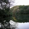 閑かな湖畔