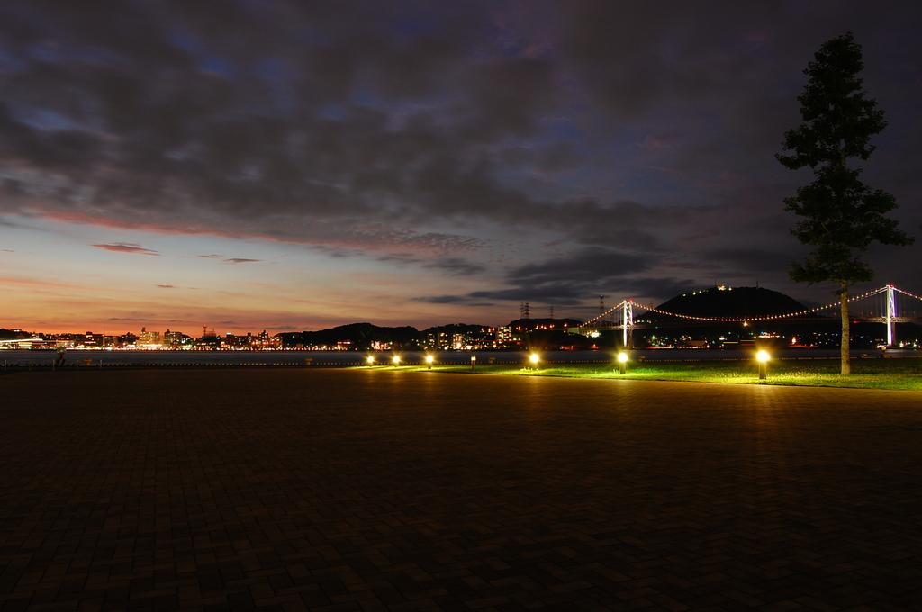 Twilight Kanmon River-Side