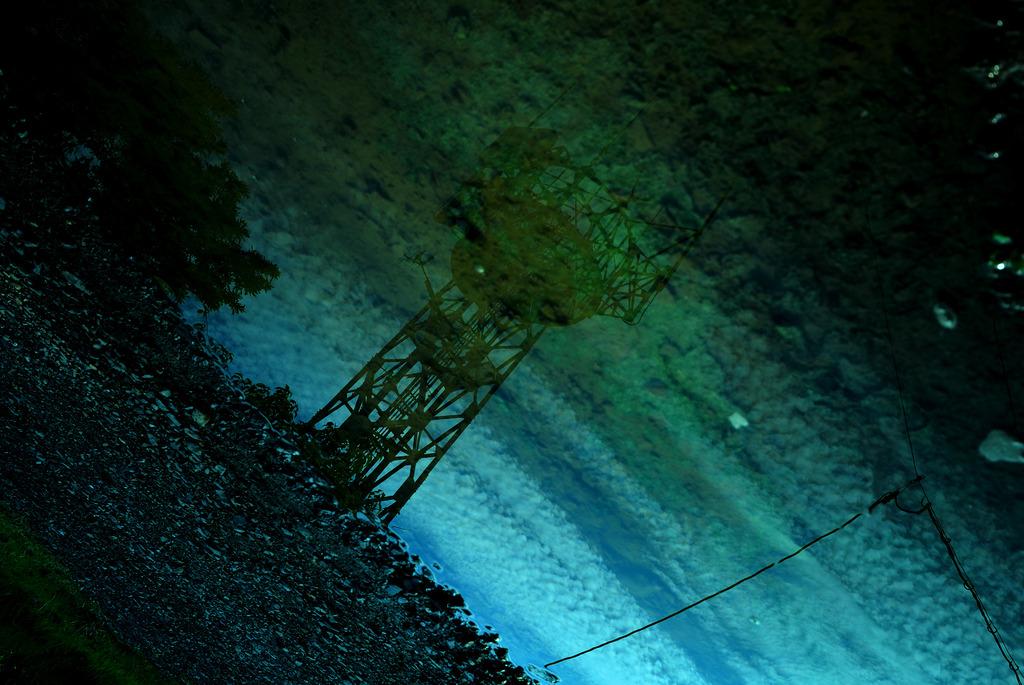 水面に描く空模様