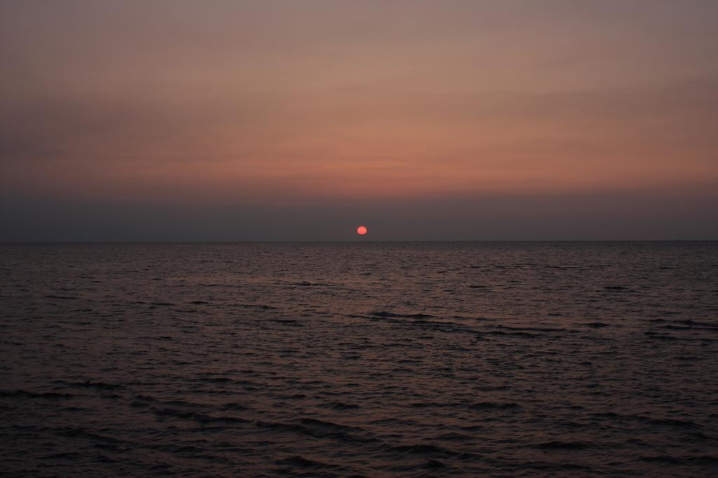 豊前海に沈む夕日2