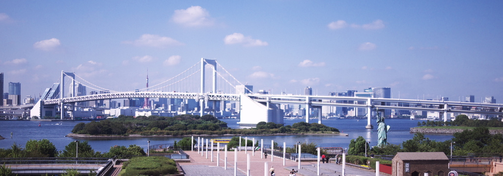 Rainbow bridge seen from Yurikamome