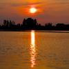水上の黄昏