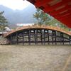 厳島神社の中の橋