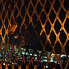 フェンスに掛かる愛の南京錠