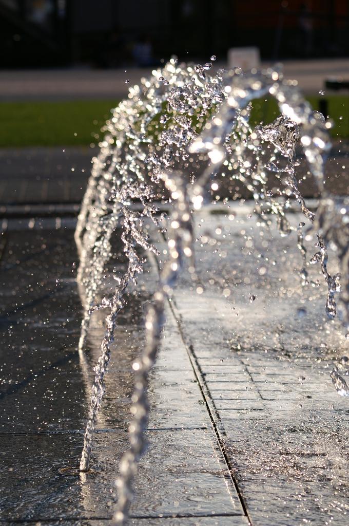 水のアーチ-2-