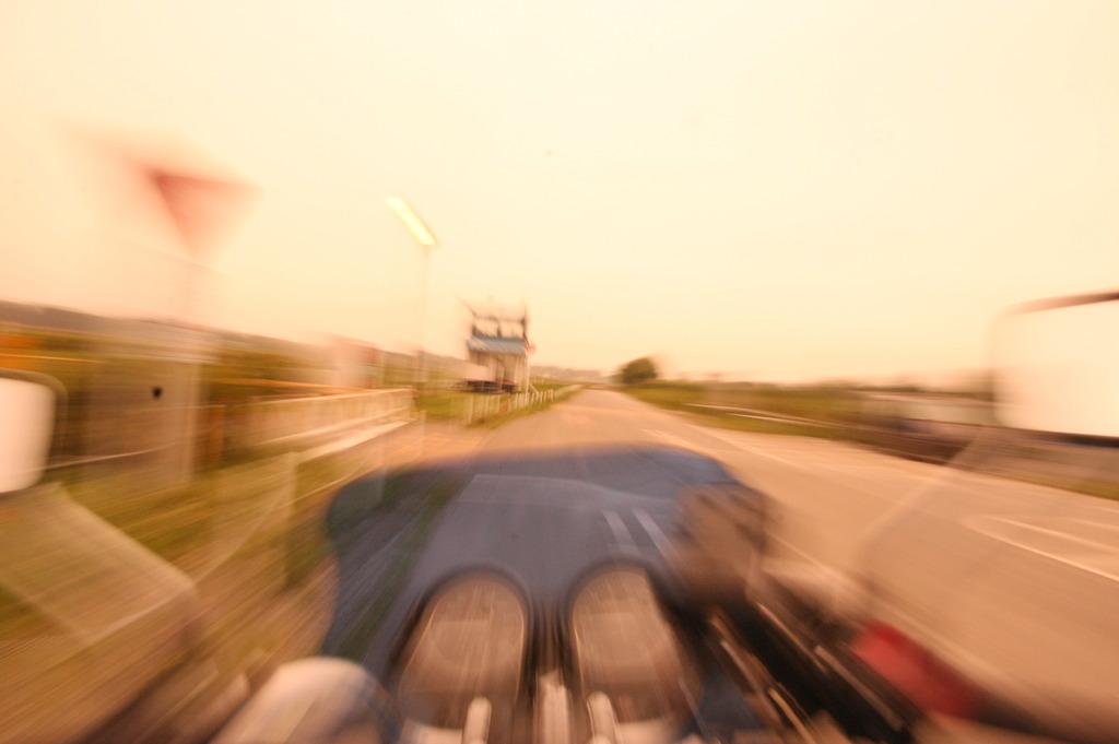 スピード何キロ?^^