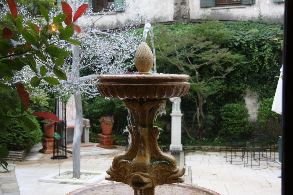 噴水@箱根ガラスの森美術館