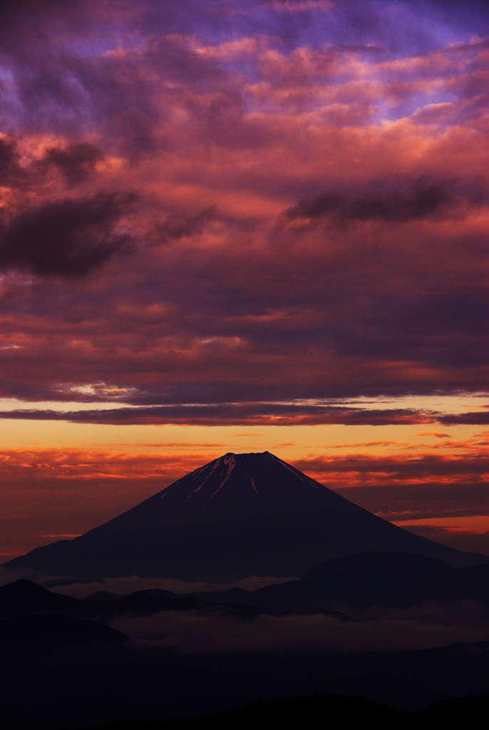 夕空の富士。