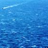 Bule Wave w Boat