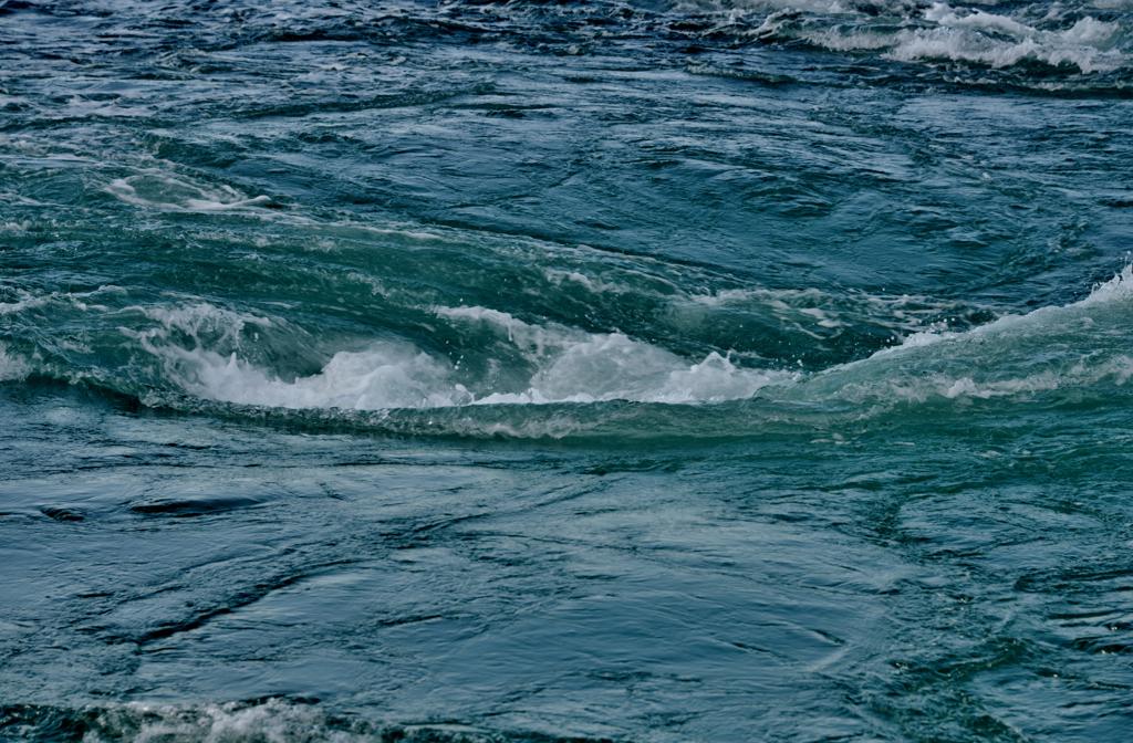 渦潮 鳴門の渦潮  渦潮の写真