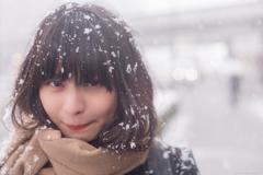 雪の日。ぼくたちは傘もささずに雪を満喫した。