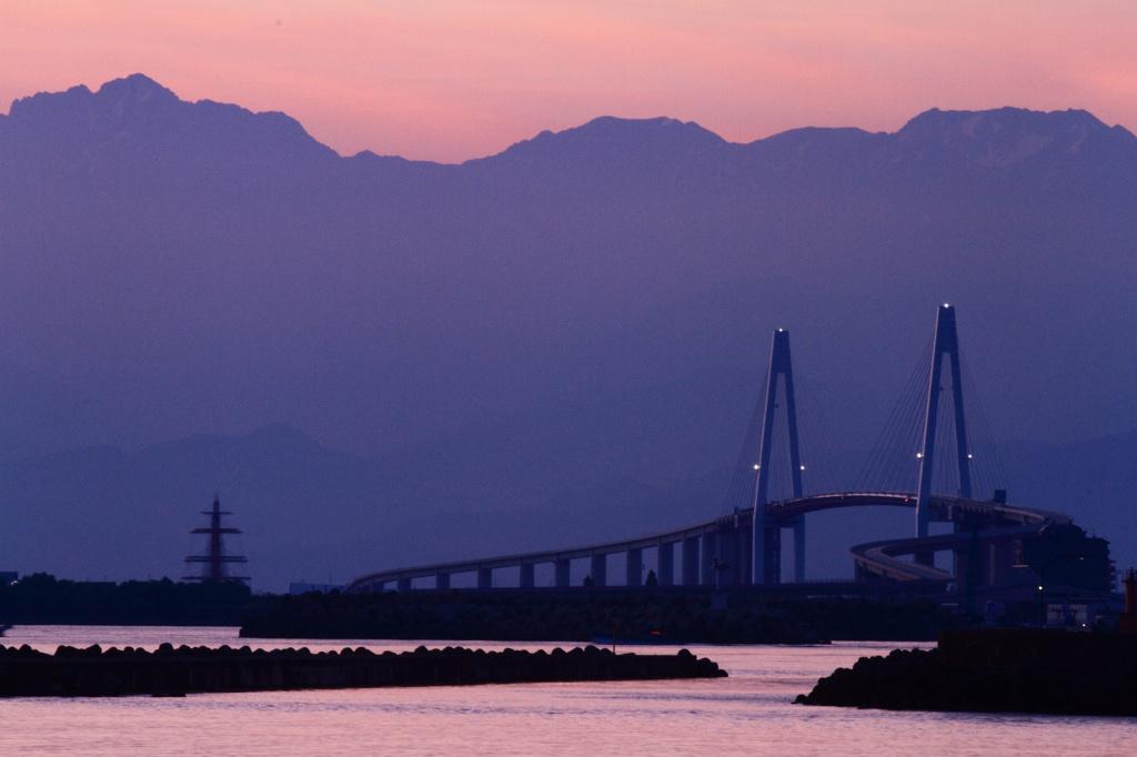 新湊大橋の画像 p1_27