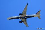 「良い天気」 DELTA 757-26D N822DX飛行