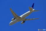 「良い天気」 UNITED 777-222 N769UA飛行