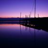 曇に溶け込む桟橋