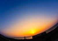 CANON Canon EOS 6Dで撮影した(夕日にお別れ)の写真(画像)