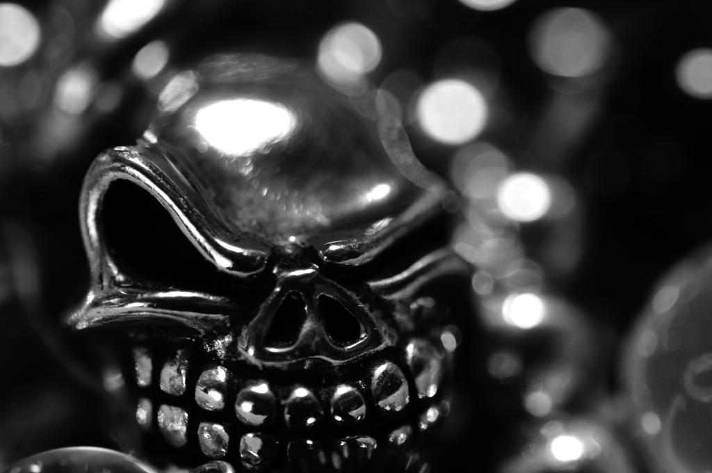 漆黒のスカル