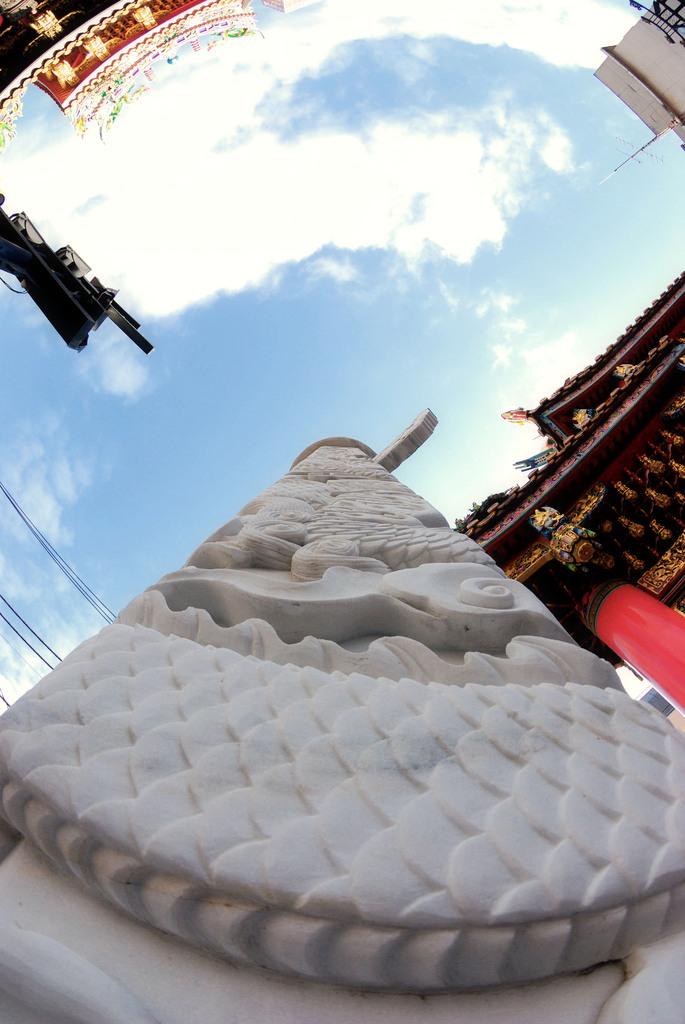 関帝樓の柱
