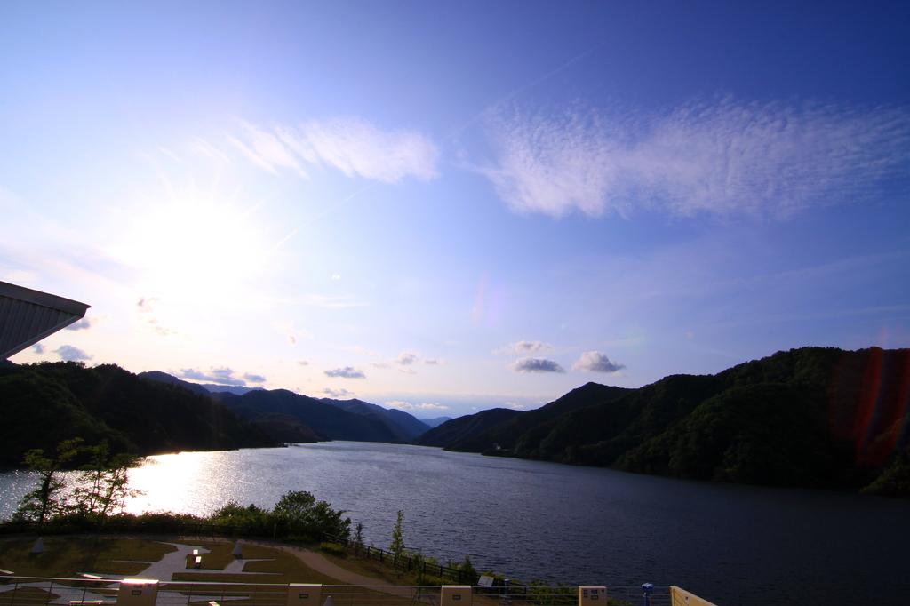 徳山ダム5月