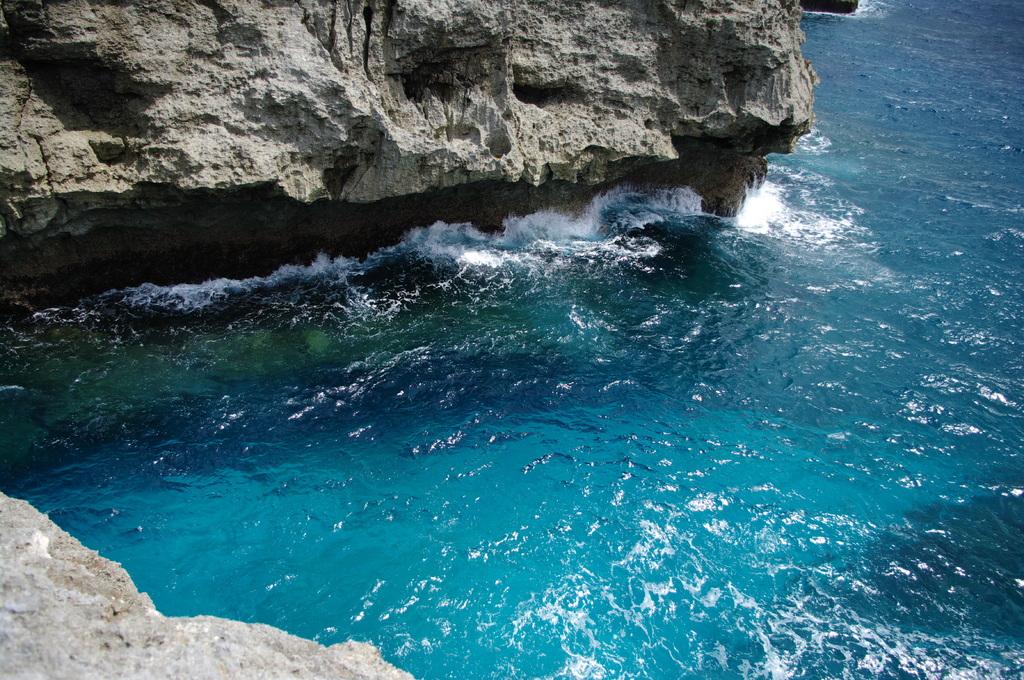 波照間島の碧い海